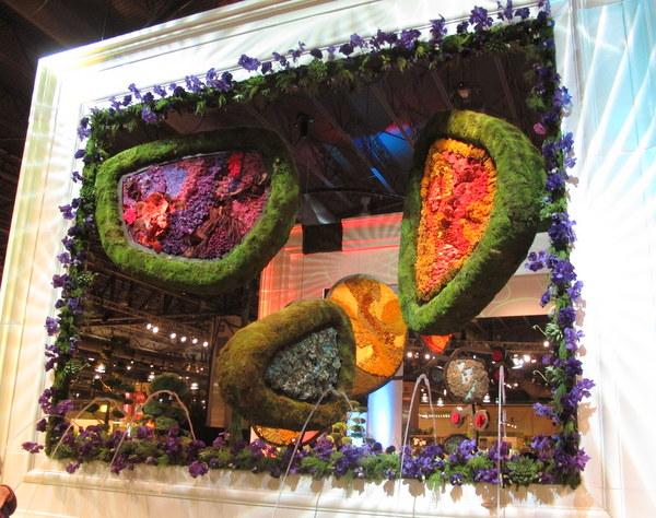 2014 Philadelphia Flower Show with art theme