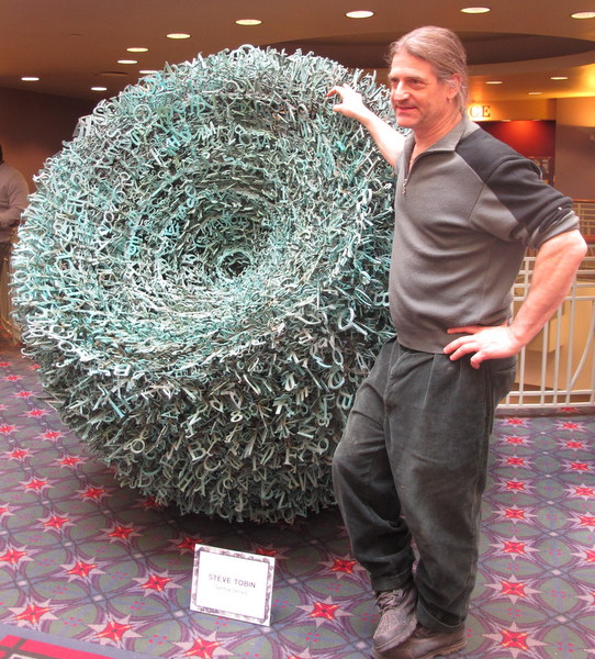 Sculptor Steve Tobin at 2014 Philadelphia Flower Show
