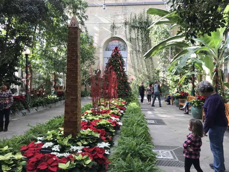 US Botanic Garden at holidays
