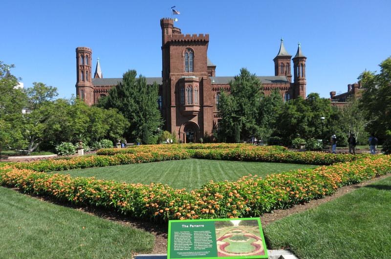 Smithsonian Gardens Sept 2019 Castle