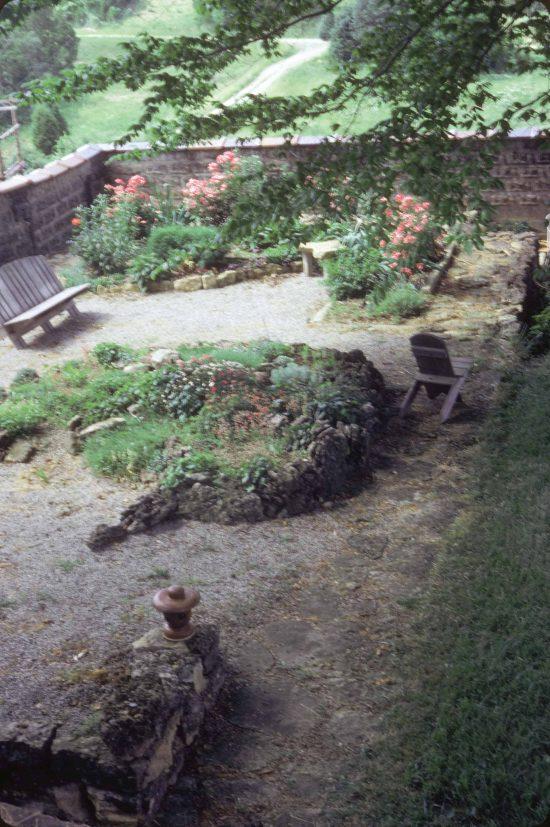 Zen garden gethsemani 1991 Allen Bush 550x827 - Gardens Of Gethsemani Plots For Sale